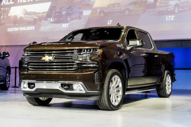 2021-Chevrolet-Cheyenne-Engine-and-Release-Date