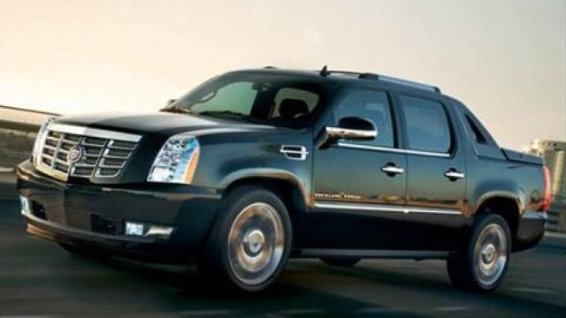 What-Do-We-Know-About-The-Cadillac-Escalade-EXT-Return-So-Far