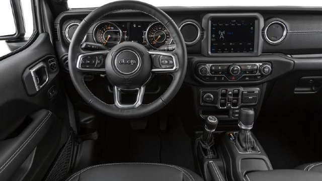2021 Jeep Gladiator interior