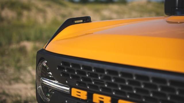 2021 Ford Bronco Two-Door Pickup specs