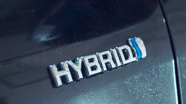 2022 Toyota Hilux Hybrid specs
