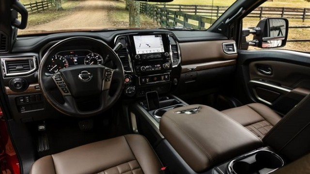 2021 Nissan Titan Nismo interior