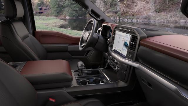 2021 Ford F-150 FX4 interior