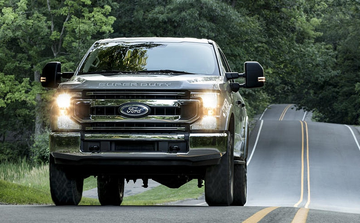 3 Ford F-3 Will Introduce New Design and More Tech - 3