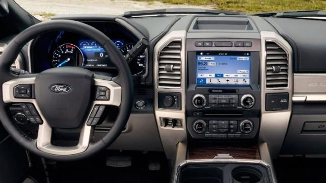 2022 Ford F-250 interior