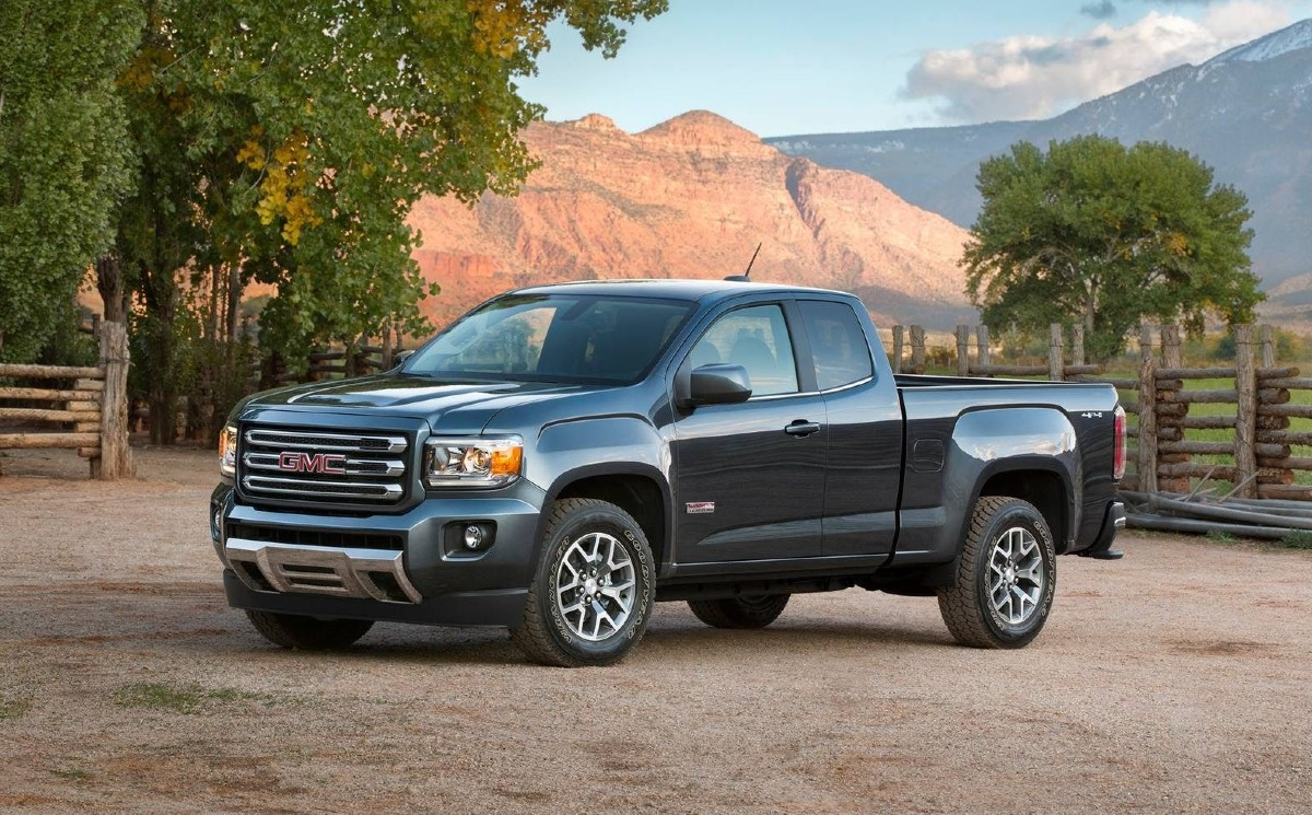 4 GMC Canyon: AT4 Variant Gets Additional Changes - 4 Pickup