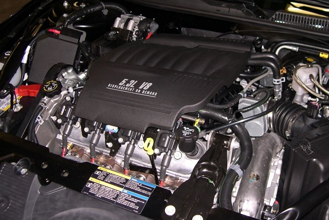 2022 Chevy Avalanche engine