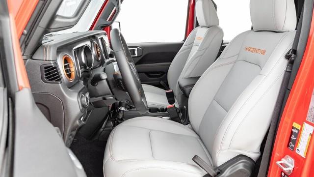 2022 Jeep Gladiator Mojave interior