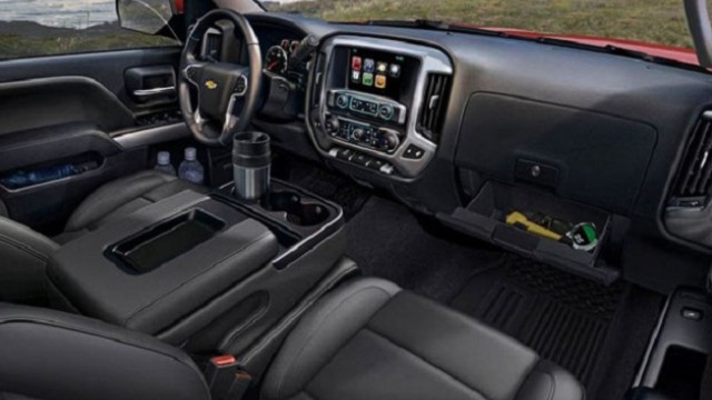 2022 Chevrolet Silverado 3500HD Interior