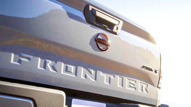 2022 Nissan Frontier Pro-X specs