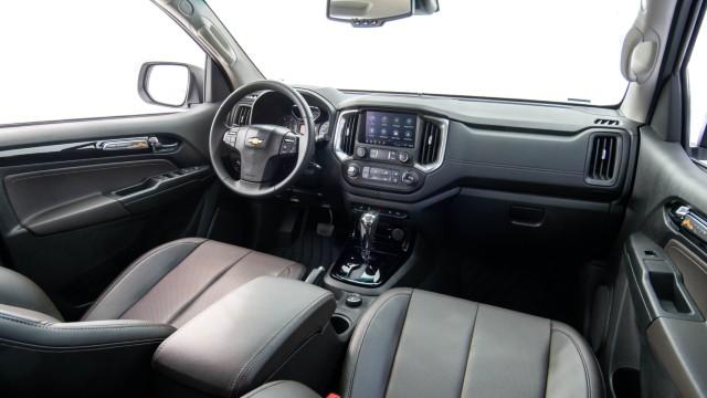 2022 Chevy S10 interior