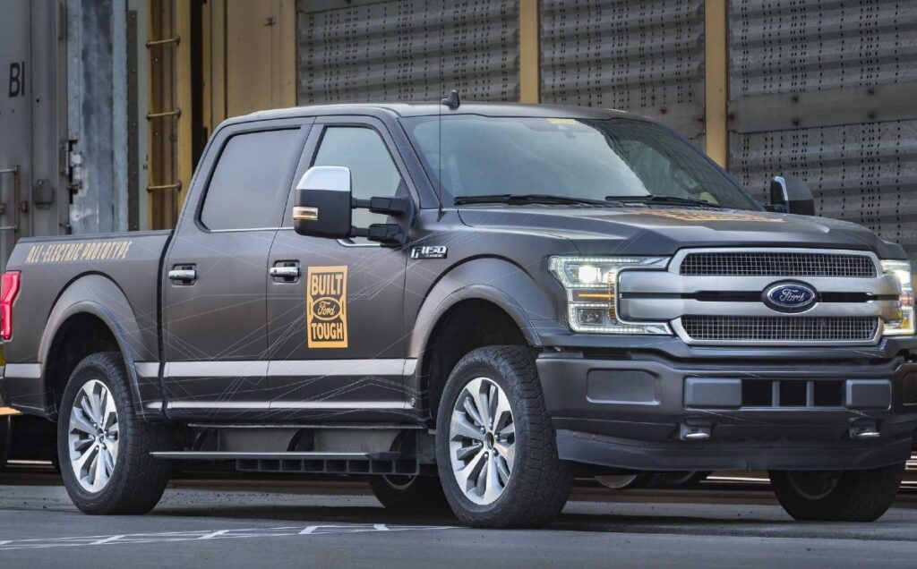2022 Ford F-150 Lightning Electric