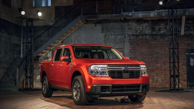 2022 Ford Maverick Hybrid pickup