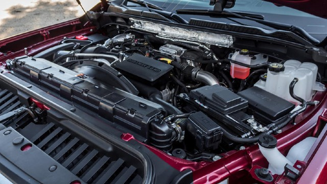 2023 GMC Sierra 2500HD towing capacity
