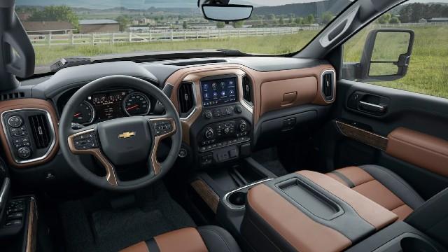 2023 Chevy Silverado HD interior