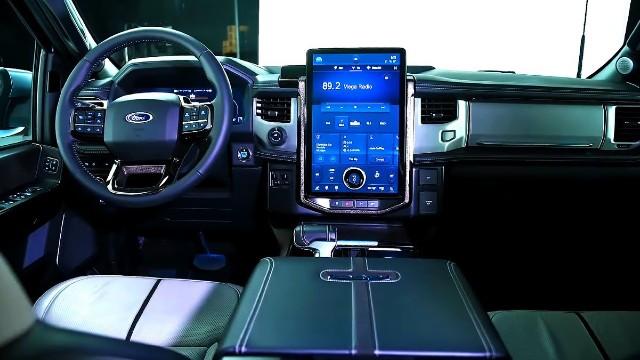 2023 Ford F-150 Lightning interior