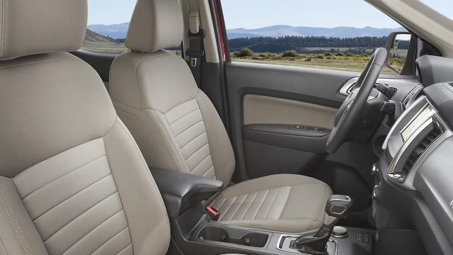 2023 Ford Ranger PHEV interior