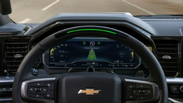 2023 Chevrolet Silverado 1500 ZR2 interior