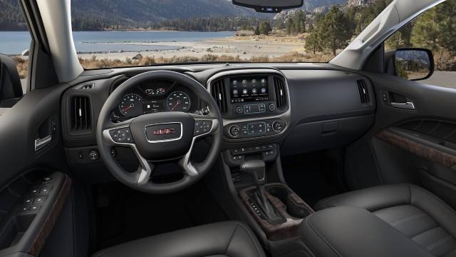 2023 GMC Canyon AT4 interior